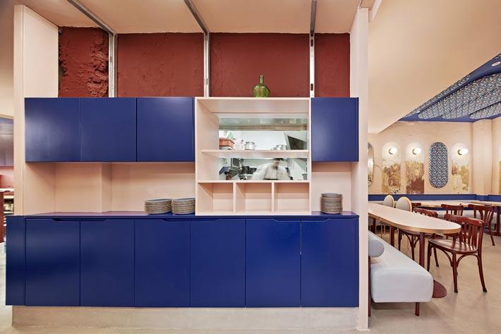特色餐厅出菜区装修设计效果图