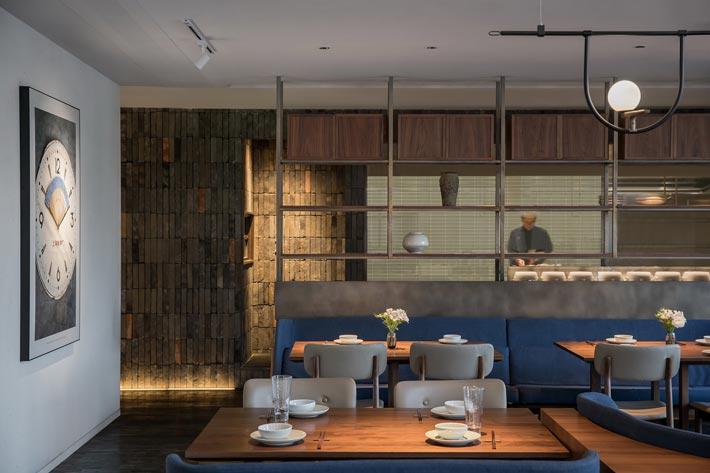 四季艺术餐厅餐区装修设计效果图