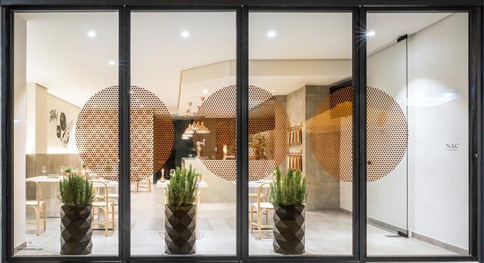 清新特色餐厅正面装修设计效果图