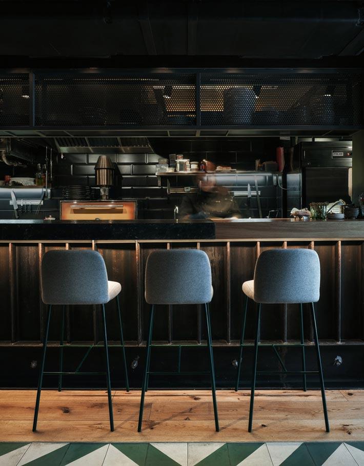 休闲餐馆吧台装修设计效果图