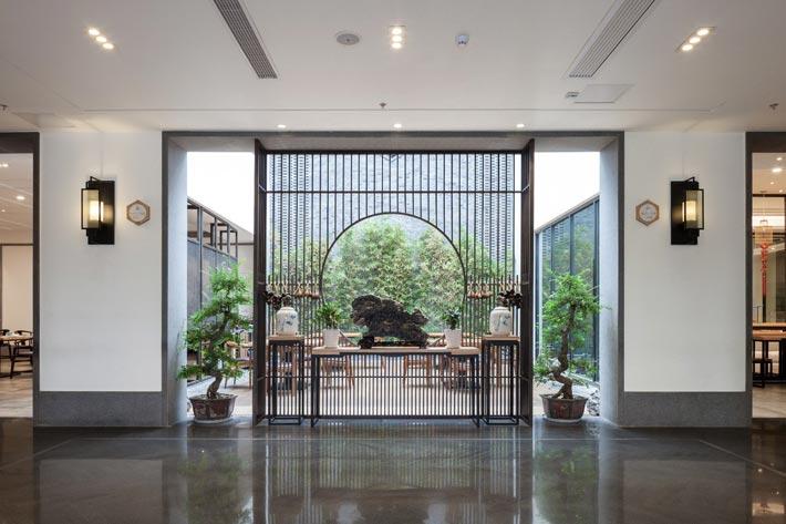 新中式饭店走廊装修设计效果图