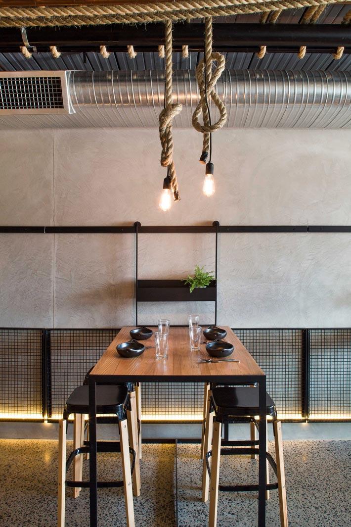 特色小饭店餐区装修设计效果图