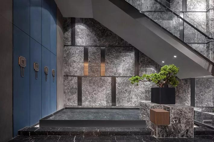 海鲜餐馆楼梯装修设计效果图