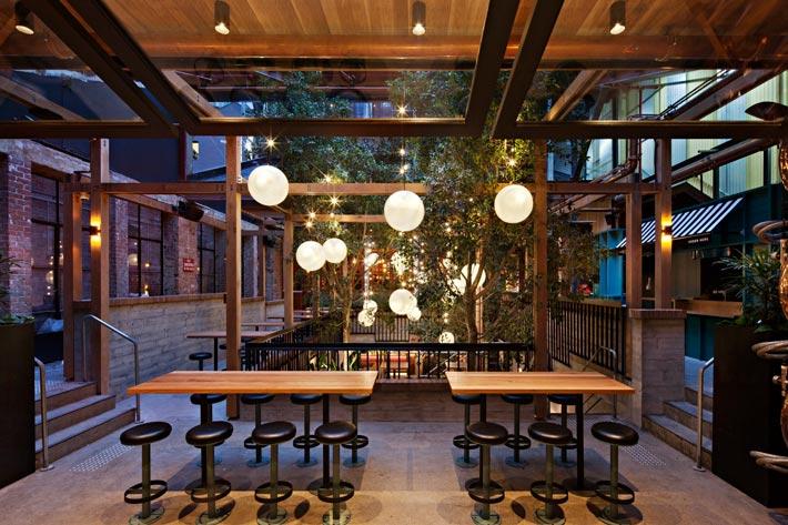 特色海鲜餐厅入口装修设计效果图