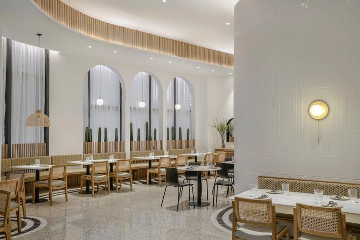泰式餐馆过道装修设计效果图