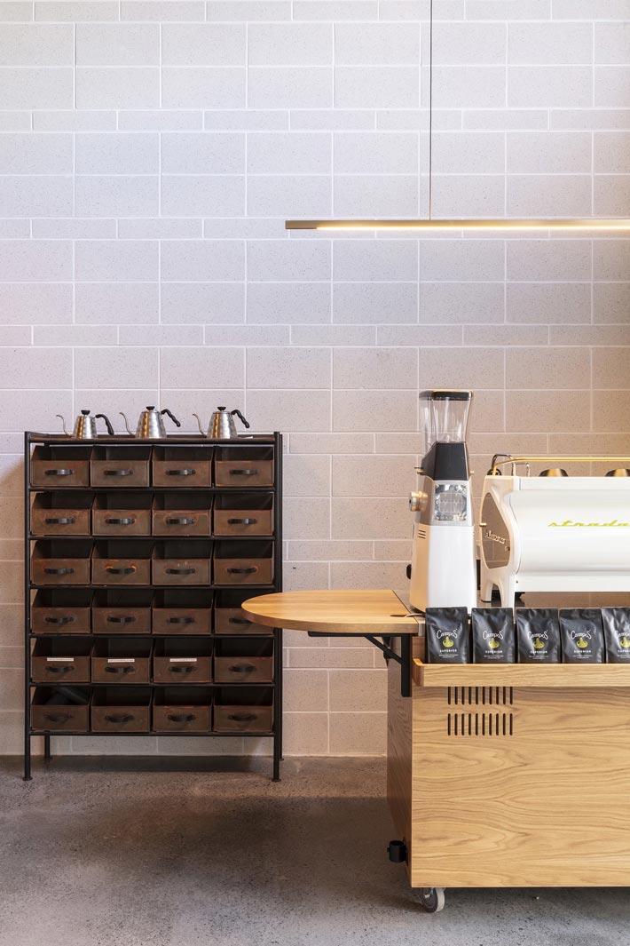440平方咖啡馆研磨区装修设计效果图