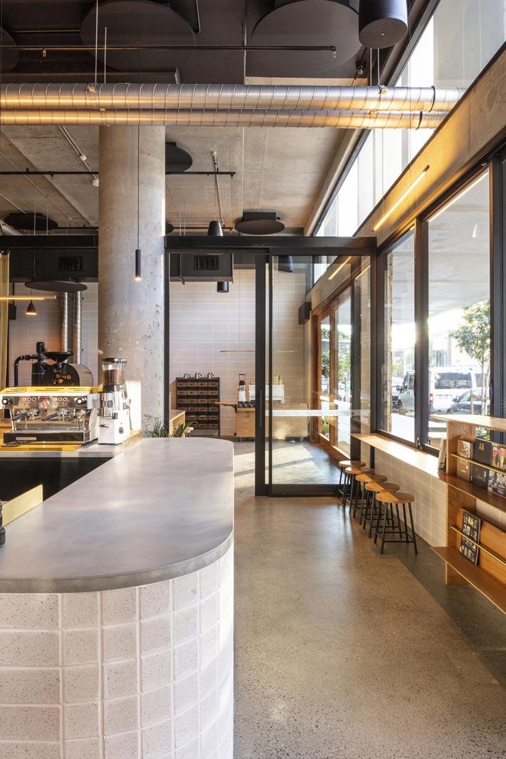 440平方咖啡馆入口装修设计效果图