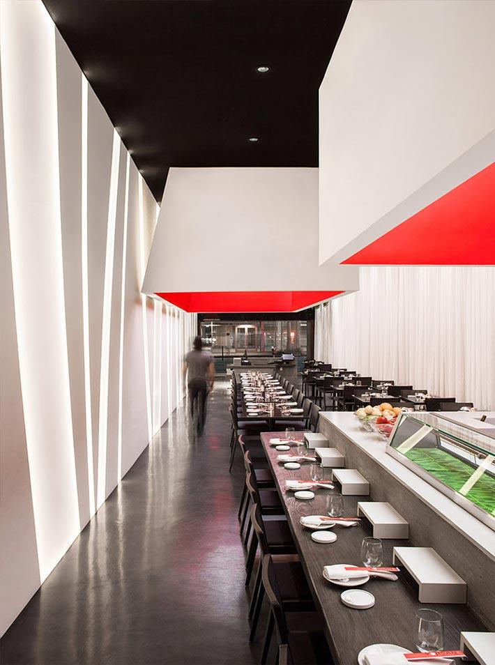 寿司餐厅过道装修设计效果图