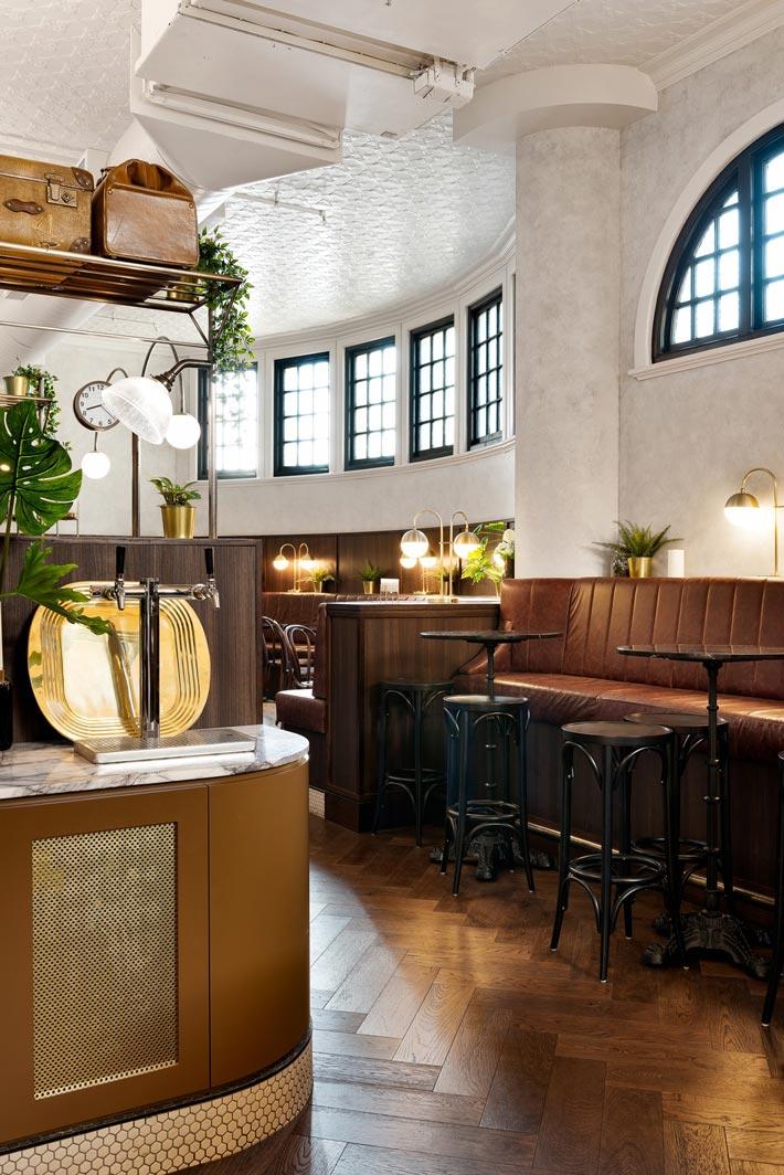 酒吧餐厅过道改造装修设计效果图