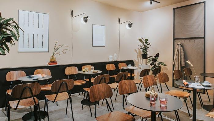 社区酒吧餐厅餐区装修设计效果图